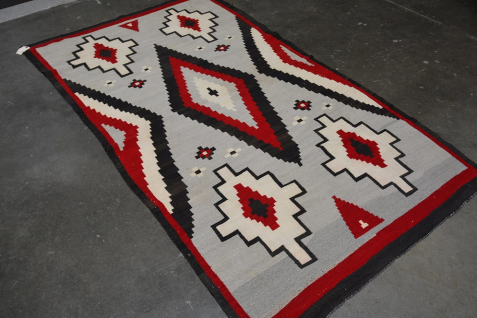 140722 08 Large Navajo Indian Ganado Rug