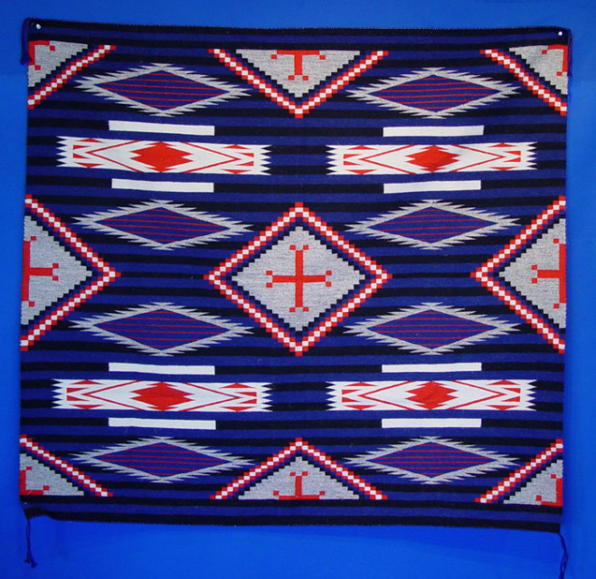 081023 01 Navajo Rug In Third Phase Chiefs Pattern