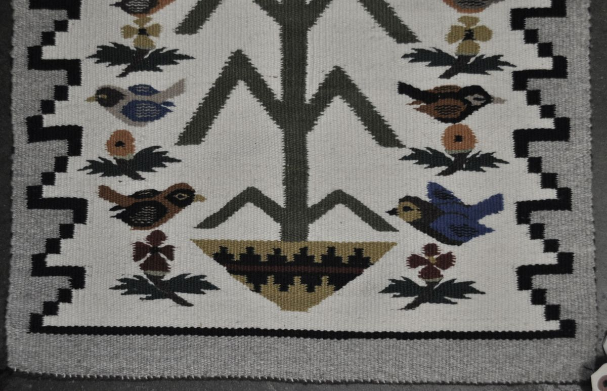 110930 12 Navajo Tree Of Life Rug By Mae Begay Bird Pictorial